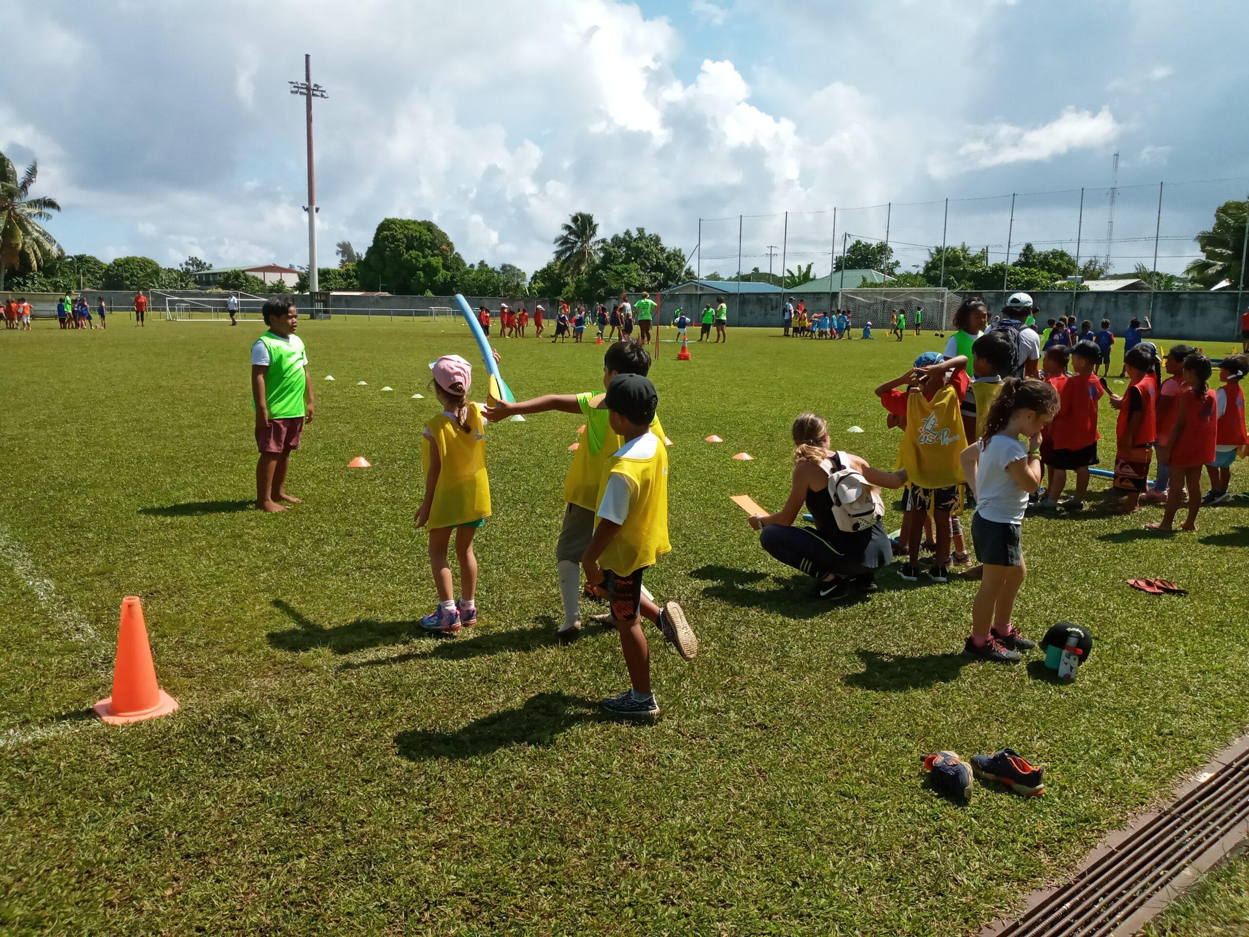 """Les Rencontres \"""" Kid\'s Athletics\"""" avec l\'implication des élèves de CM2"""